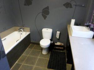 Meerkat Den Bathroom